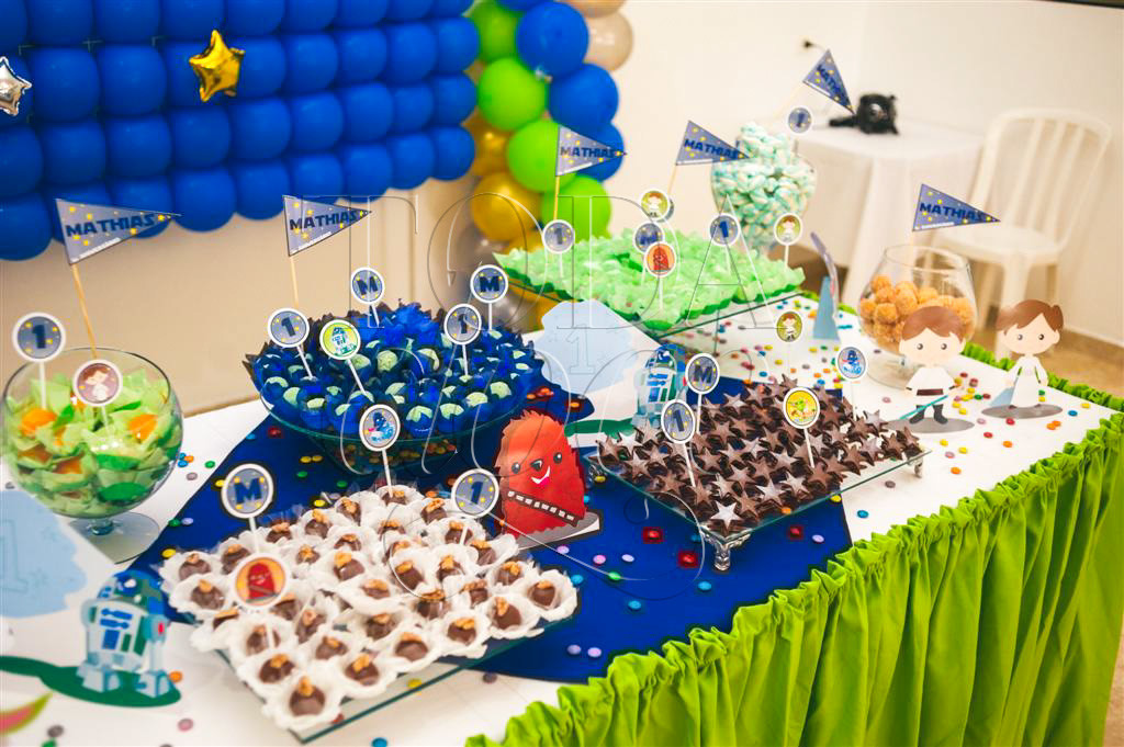 Mesa de doces aniversário de 1 ano