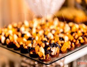 Mini pastilha de chocolate com frutas secas